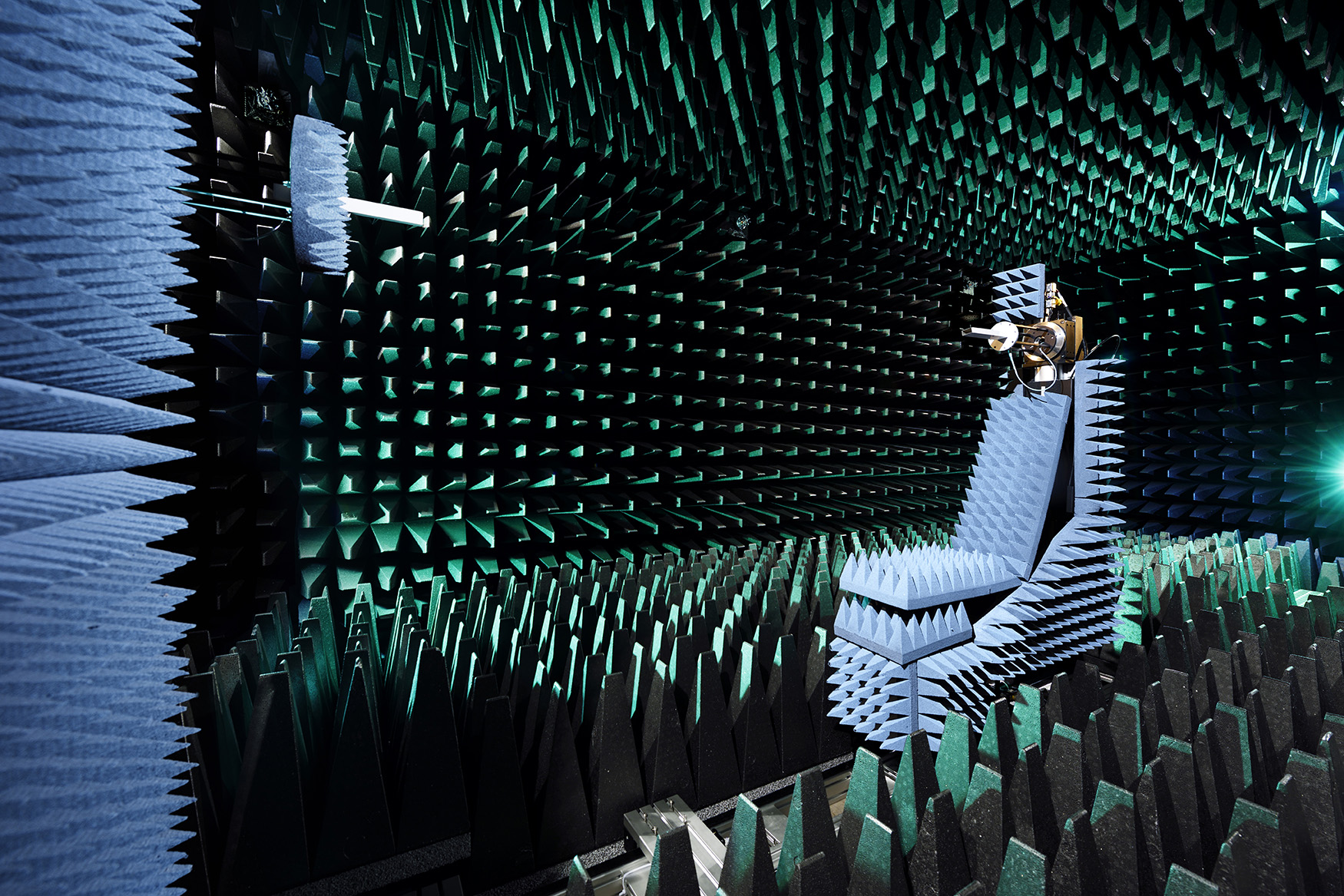 Anechoic chamber of the Centre for Wireless Technology, Eindhoven University of Technology